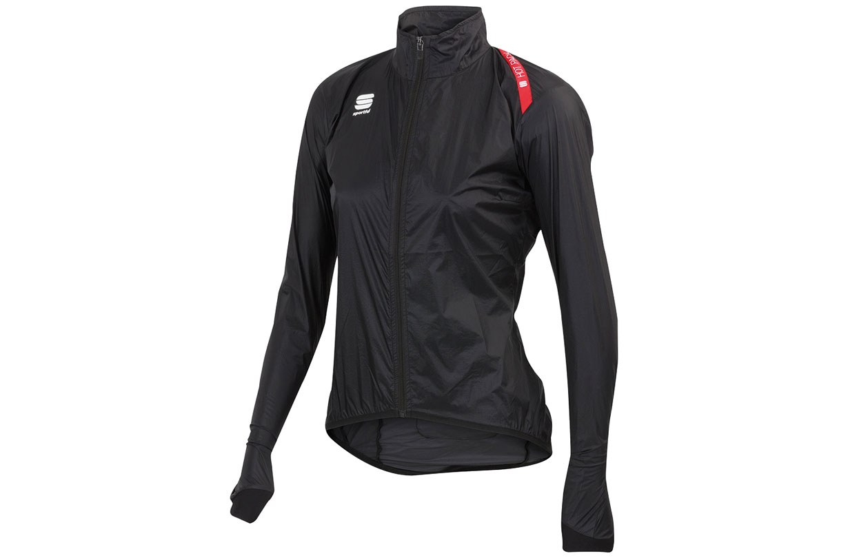 Hot Pack 5 Donna Jacket Part of Sportful's ever increasing range of women's cycling clothing, the Hot Pack 5 Donna jacket weighs an incredible 65g. There are lighter stowaway jackets out there but not many that offer the fit and performance of this one. Schoeller Nanosphere fabric, high collar, optional thumb-loops, drop tail, back ventilation. Impressive stuff.