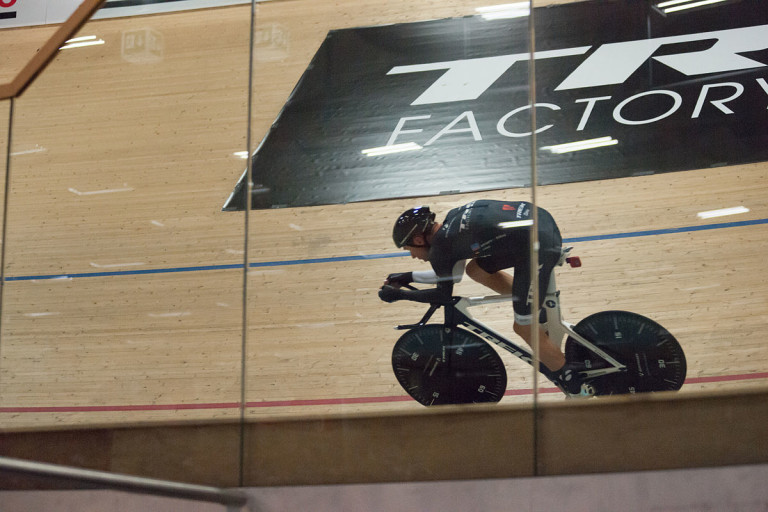 """Jens Voigt - Hour Record - Race (2)"" by Ludovic Péron - Own work. Licensed under Creative Commons Attribution-Share Alike 4.0 via Wikimedia Commons"