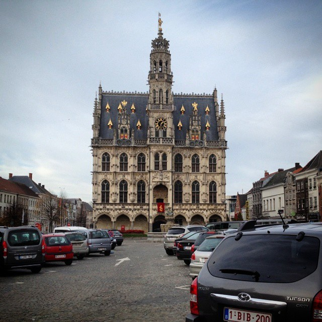 flanders town square