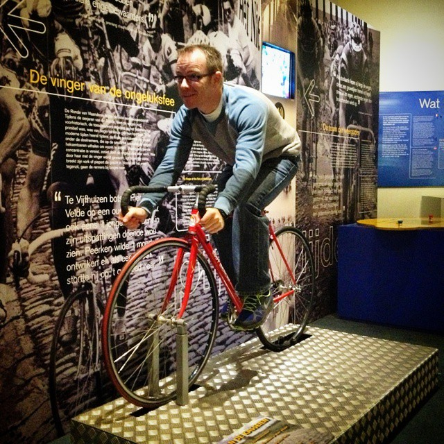 tour of flanders museum cobbled roller