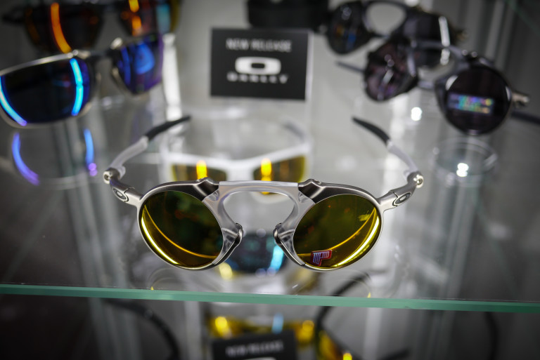 "99c3a717570 The Oakley Madman. Pretty much the ""attention seeker"" model in Oakley s 2015  range. Inspired by 1990s scifi stuff. It s not really designed to sell in  the ..."