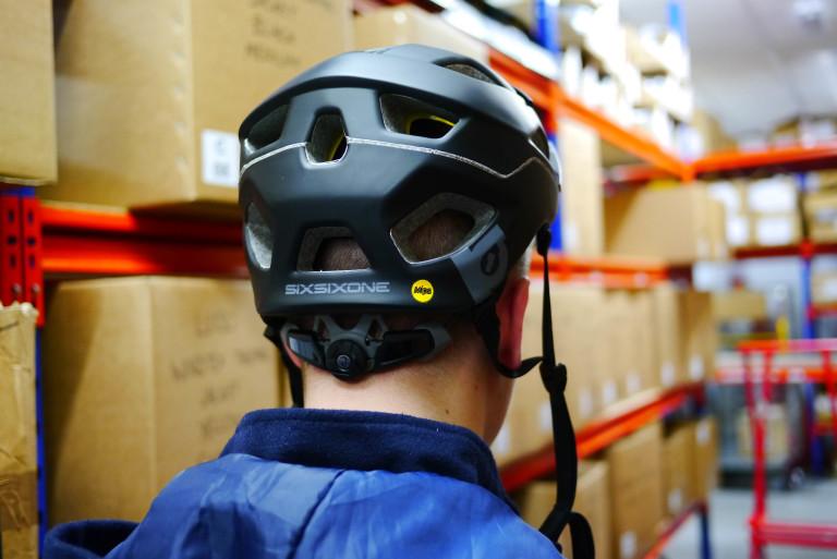 SixSixOne Evo AM MIPS helmet