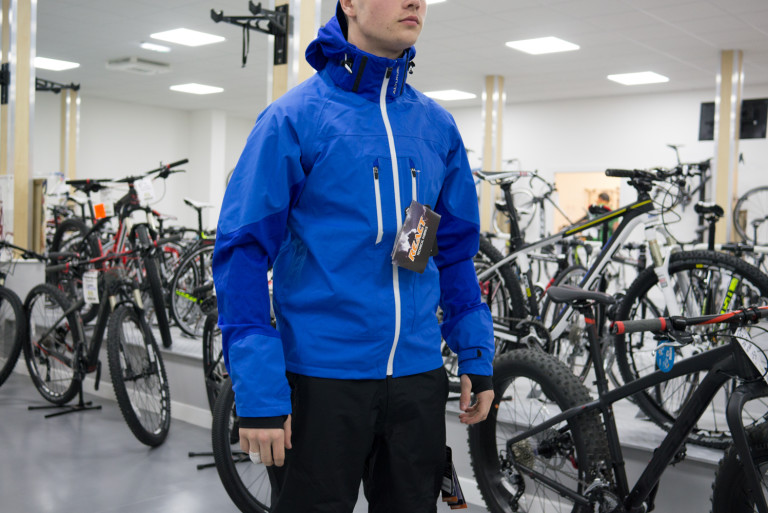 altura mayhem 360 waterproof jacket