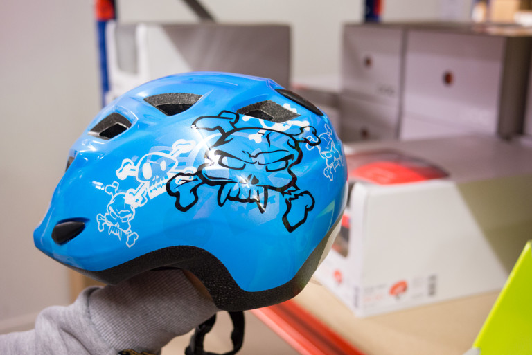 MET Elfo Blue Jolly Roger kids helmet