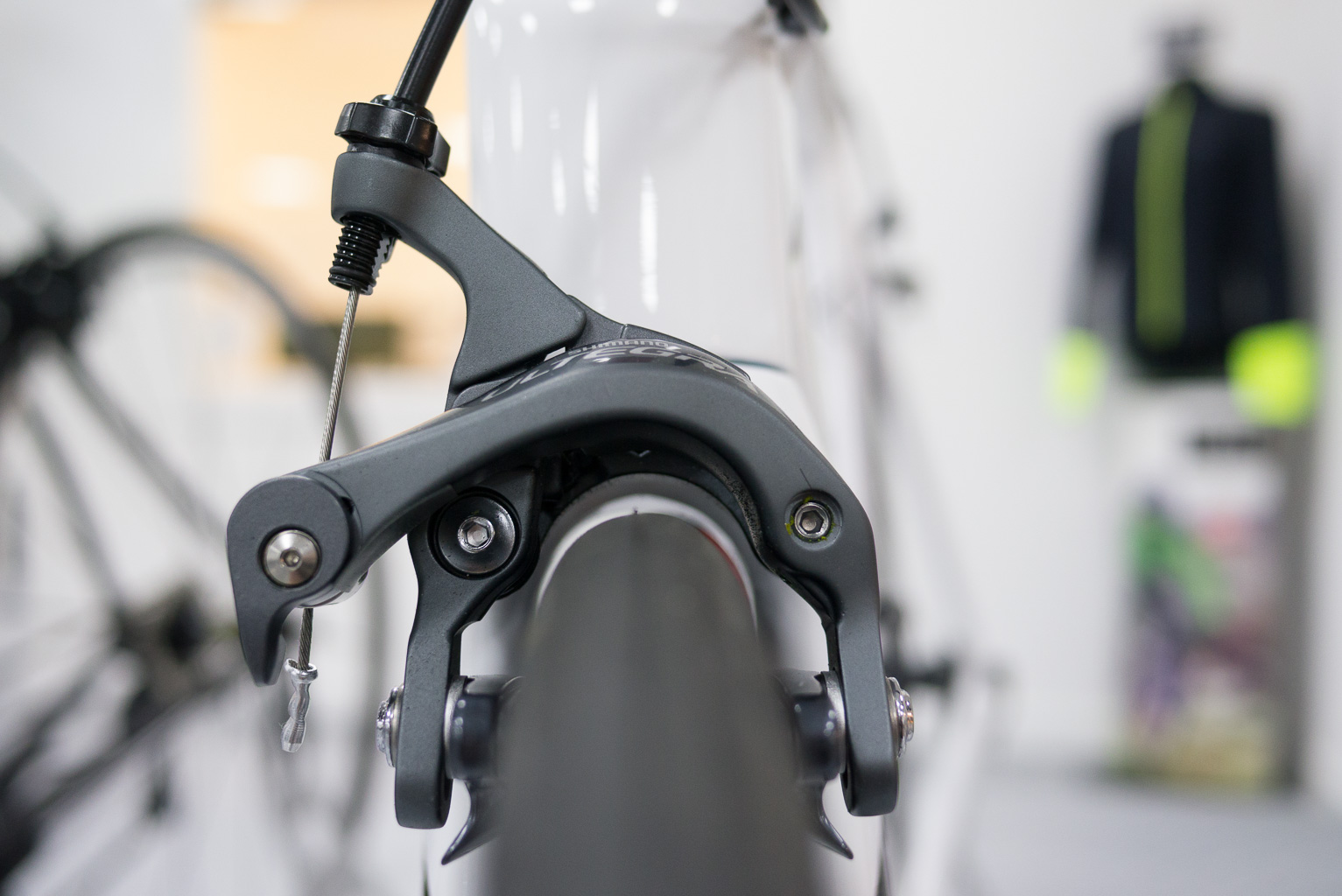 Buyers guide to road bike brakes - Merlin Cycles Blog
