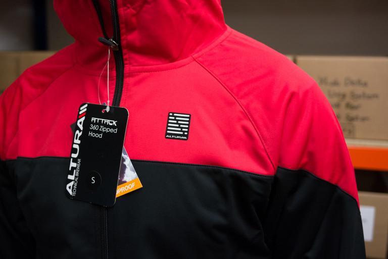Altura Attack 360 Windproof jacket
