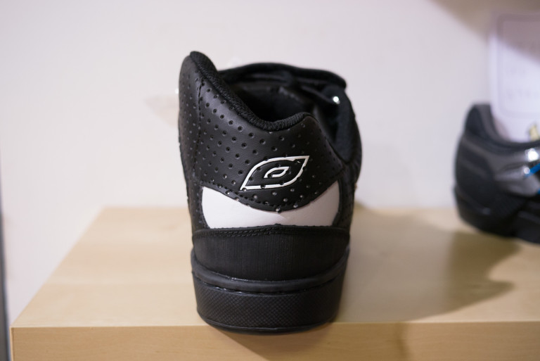 oneal torque spd shoe ankle protection
