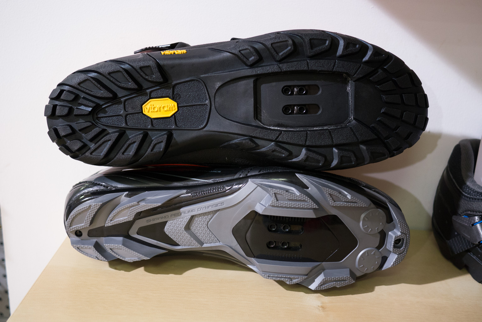 mtb shoe tread designs