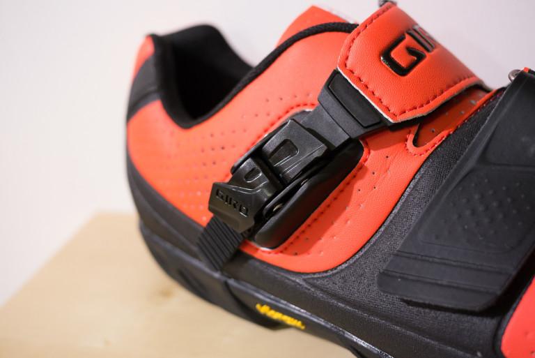giro terraduro mtb shoe ratchet strap