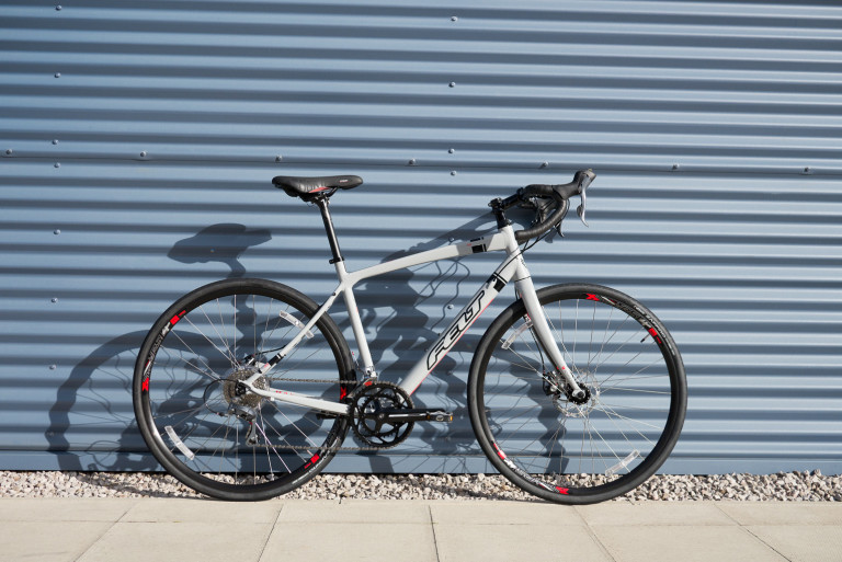 2016 felt v100 gravel adventure bike
