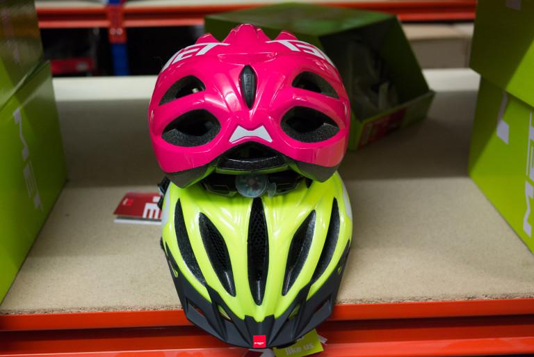 MET 20 Mile Urban Ladies and Mens helmets