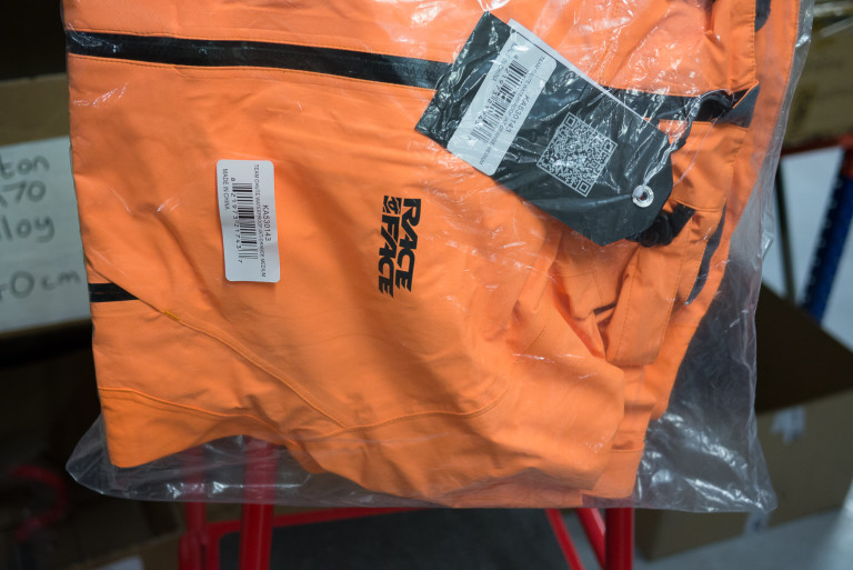 Race Face Team Chute Waterproof MTB jacket