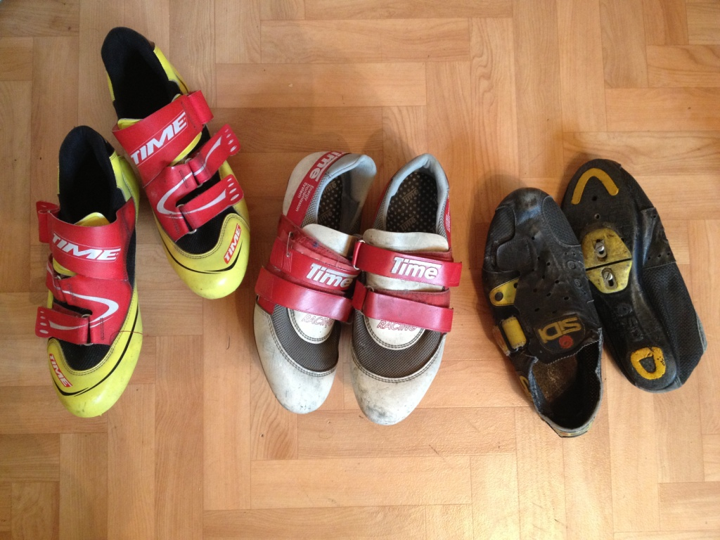 My old cycling clutter: SiDi and TIME shoes