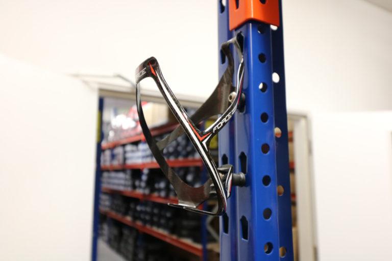 Force carbon bottle cage